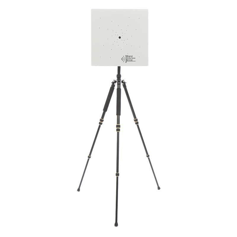 Akustisk kamera uppbyggd av en matris av 40 stycken 24-bitars digitala mikrofoner samt en videokamera.